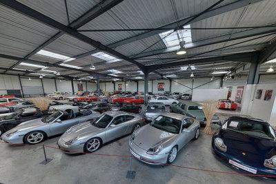 Numéro 1 Français du dépôt / vente d'automobiles de collection, sport et prestige, GT Spirit propose le plus large choix disponible en France: Nous avons parmi nos 150 véhicules en stock, la voiture que vous cherchez.